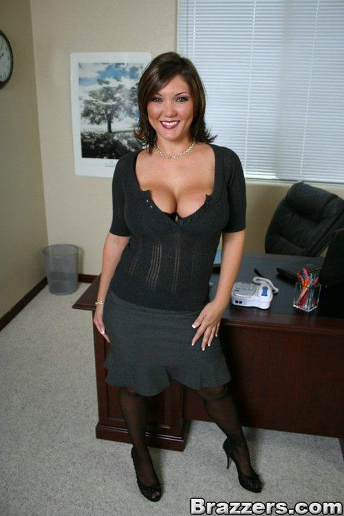 Claire Dames Tit Boss 43