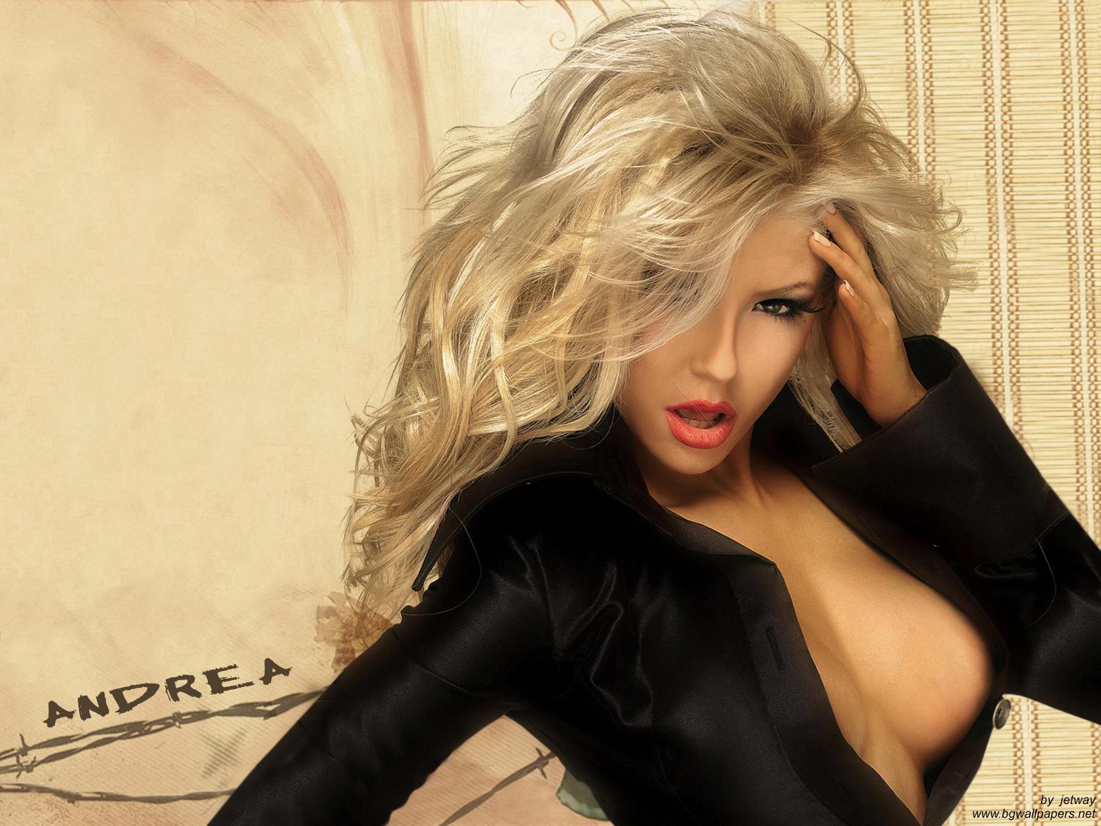 video-s-blondinkami
