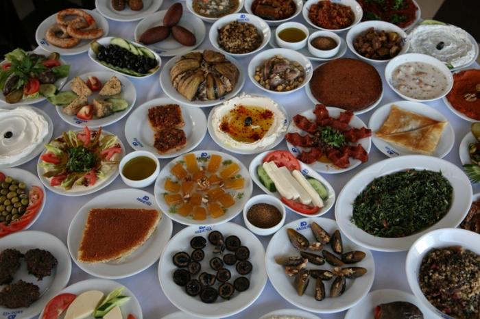 Kahvalt sofras 333678 uluda s zl k galeri for Akdeniz turkish cuisine